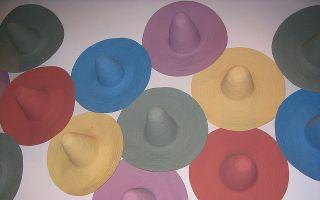 【Art or Not】邀请你来猜:两组宽边草帽哪组才是真正艺术品
