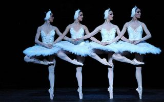 英国国家芭蕾舞团《天鹅湖》5月9日起国家大剧院歌剧院演出