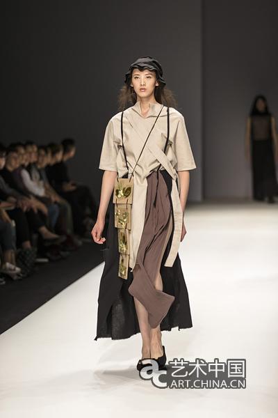 清华美院&米兰新美术学院2015服装设计毕业生作品在京