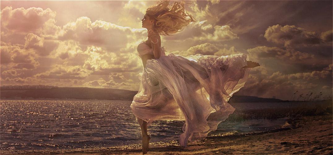 世界顶尖人体摄影师回归 再现大气风光人像