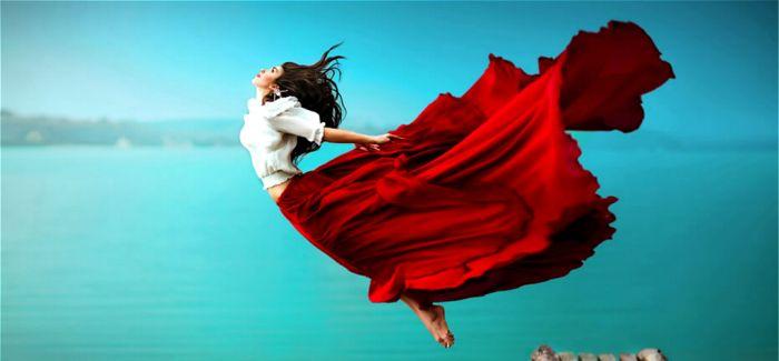 摄影师svetlana belyaeva大气人体摄影:飞翔