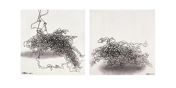 上海-藝術門画廊将荣幸呈现由何凯特(Katie Hill)博士策展的《磁感线-王璜生的流明世界》,此次展览从磁力的角度探讨艺术家对水墨形式的实验性探索,展出的作品包括王璜生从2010年至今创作的一系列绘画、装置及影像作品。展览将于5月31日开幕,展出至7月20日。 王璜生以绵延不绝、百转千回的线条为特色的作品,既是对传统的致敬,也是以当代艺术语言表现他在当代现实处境中的精神意象。游弋的线条在整体的画面上构成饱和的张力,形成一种心绪的多声共鸣曲,策展人何凯特(Katie Hill)博士认为这些线条仿佛相互