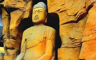 甘肃博物馆佛像被游客投钱:成祈福圣地