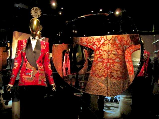 大都会博物馆的中国时装秀:主题来源于与王家卫合作设计_独家_资讯_凤凰艺术