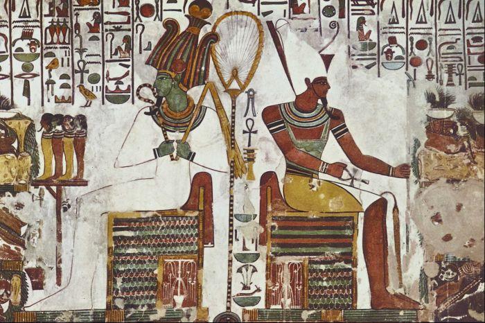 还有一种艺术呢,是在古埃及