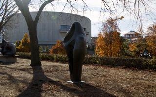 芭芭拉·赫普沃斯:现代世界的雕塑