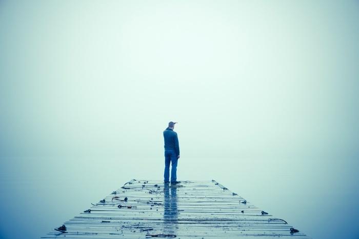 20150703182924-man-in-fog