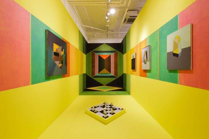 《时光隧道的尽头》,2015 现场绘画装置,尺寸可变 摄于2015, 阿拉里奥画廊首尔空间