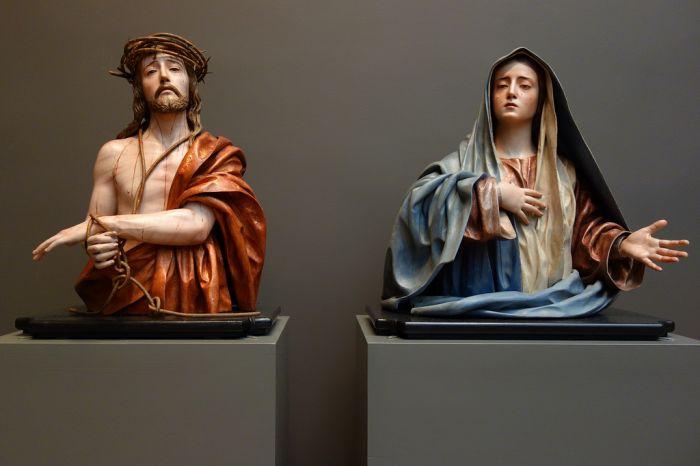 纽约大都会博物馆中新巴洛克雕塑:打破媚俗 伤痕与苦痛被正视