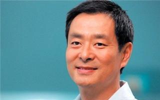濮存昕当选新一届中国剧协主席