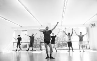 【霸道编辑荐艺术】北京舞蹈双周特别版: 每个舞者都需要一个舞台