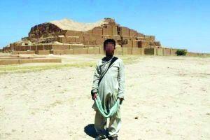 北大学生在伊拉克被误抓:怕古迹被毁没机会看