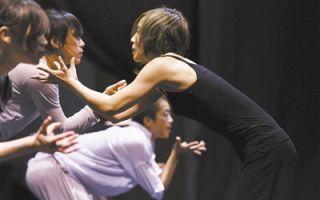 北京舞蹈双周展演:叹强迫症之恋 悟流浪者之歌