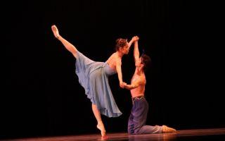 """现代芭蕾""""长恨歌"""":一个有牺牲精神的杨贵妃"""