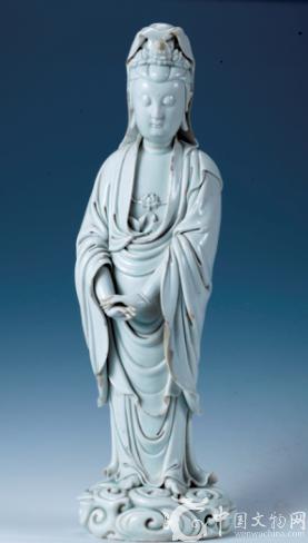 明代瓷圣何朝宗的瓷塑作品 祥云观音