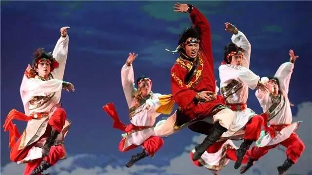带你走进蒙古族舞蹈的世界