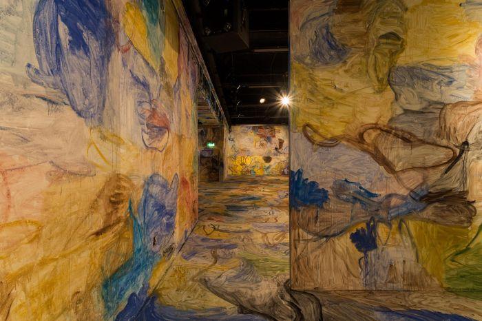 张恩利,空间绘画,2013年,伦敦当代艺术学院(ICA)。拍摄:Mark Blower