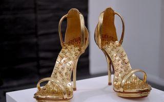 【Art or Not】邀请你来猜:两双高跟鞋哪个才是真正的艺术?