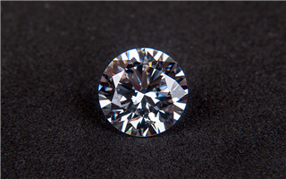 珠宝屡创天价 优质粉钻受宠
