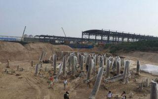 """西安""""丝路一号桥""""遗址发现中国最早木板船"""