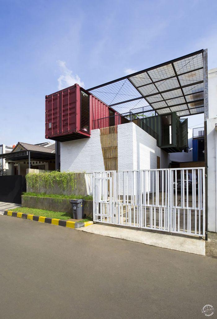 迷你别墅:城市生活集装箱住宅