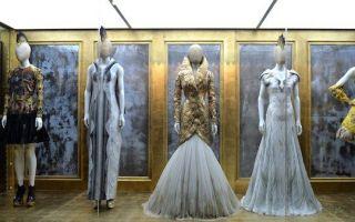 时装展屡次战胜艺术展 博物馆展览将何去何从
