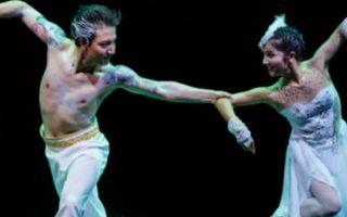 """新疆舞蹈演员古丽米娜:没有一种舞叫""""新疆舞"""""""