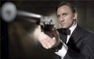 """黑皮肤的邦德""""太街头"""" 下一任 007 究竟会是谁?"""