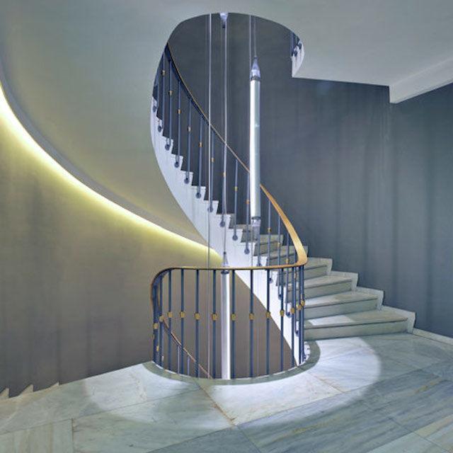 楼梯 无边框泳池