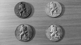 收藏的日军侵华纪念章