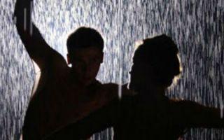【一周艺事】8月31日-9月6日:一间会下雨的房间