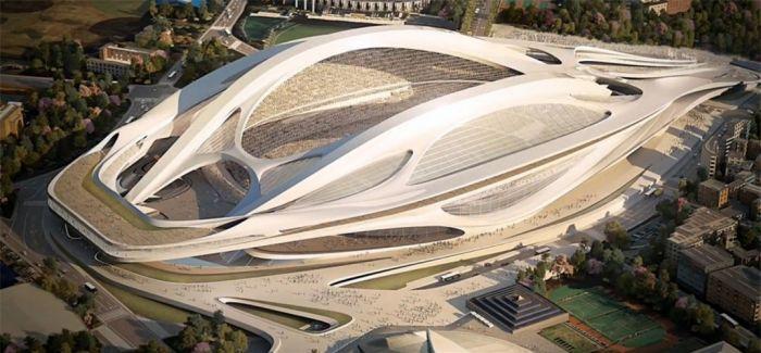 """扎哈·哈迪德 2013年9月7日,國際奧委會主席雅克·羅格宣布東京成為2020年夏季奧運會主辦城市。作為再度舉辦奧運會的城市,日本東京計劃為2020年奧運會修建一個外形新型、可容納8萬人的超級主會場。而這個建筑的設計""""重任"""",落在了素有""""建筑界女魔頭""""之稱的扎哈頭上。然而,該建筑設計方案自2013年9月9日公布以來便面臨來自建筑界和日本民眾不斷的質疑和爭論,這種狀況持續到現在,""""鳳凰藝術""""星人從有關報道了"""