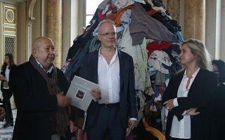 巴黎钱币博物馆:艺术家作品任观众免费带走