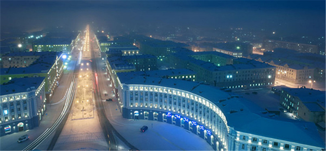 最北的城市_Slava Stepanov 有着童话外表的绝命城市8542145