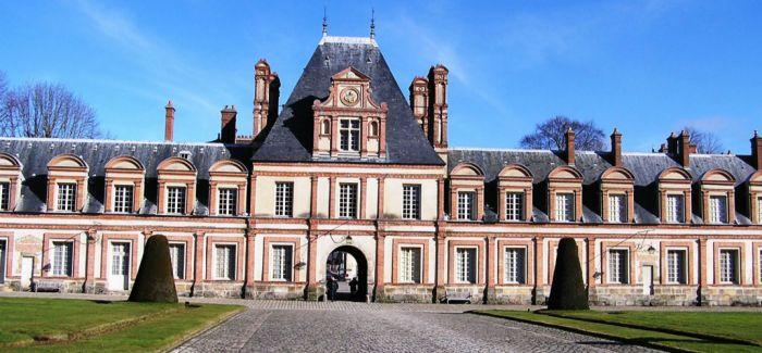 【2015十大艺术事件】法国枫丹白露宫遭遇盗窃案 丢失中国珍品