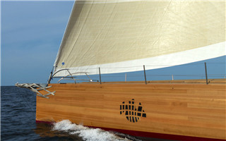 当建筑大师弗兰克·盖里去设计帆船 会是什么样的?