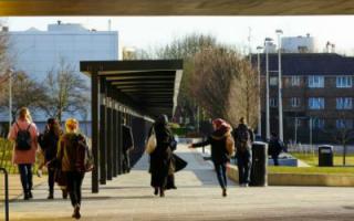 本特伍德学校获得2015年英国皇家建筑师学会斯特林奖
