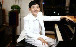 13岁少年广州星海开钢琴独奏会