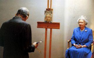 """人人都爱弗洛伊德""""病态画"""":英女王六年只求得一幅"""