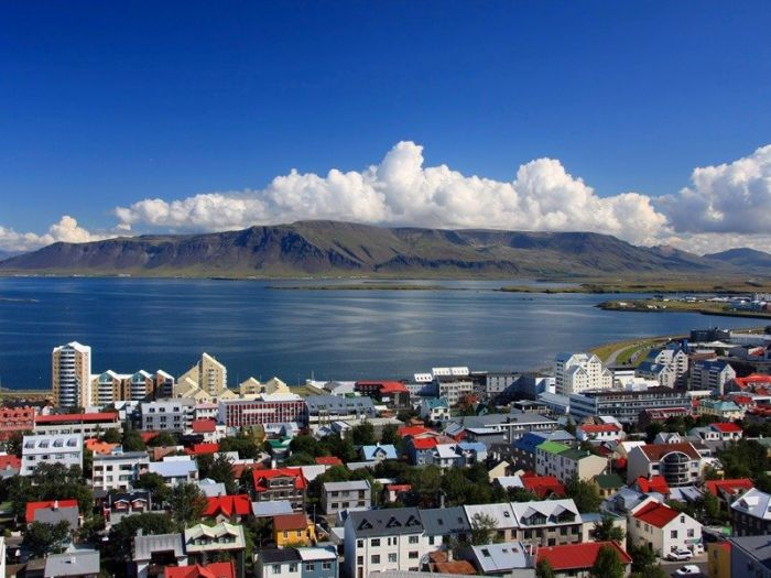 冰岛6月底穿什么合适