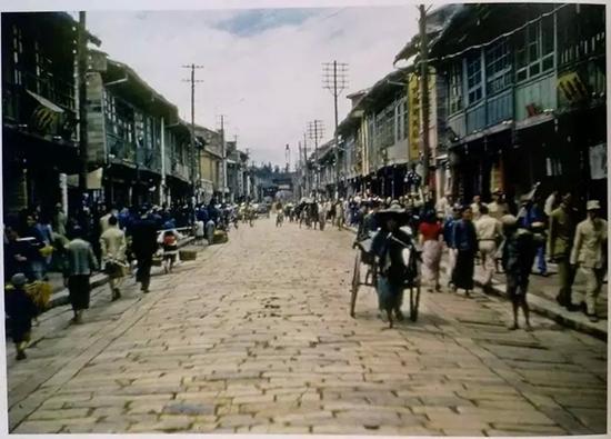 抗战时期的老照片 解放前的中国纯真得像 天空之城