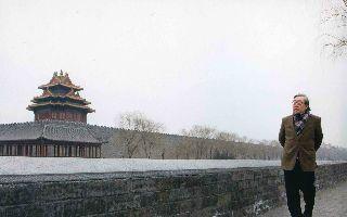 陈履生:袁运甫个展激发公众重燃公共艺术热情