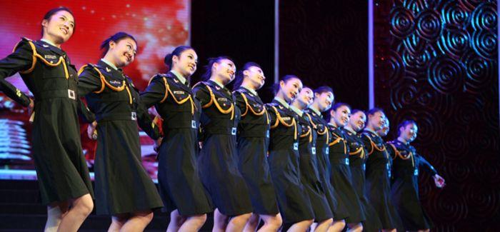 解放军第一套士兵健身操颁布 汲取流行舞蹈及太极等元素