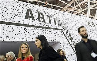 意大利Artissima艺博会揭幕 提供免费艺术顾问服务