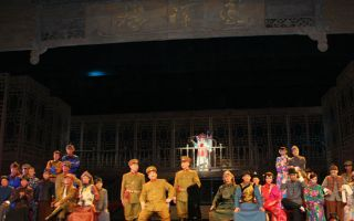 漫瀚剧《凤祥楼》在北京展演