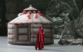 原创歌剧《冰山上的来客》在赣演出