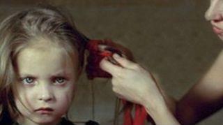 母亲与女儿的深厚羁绊:安娜与伊芙