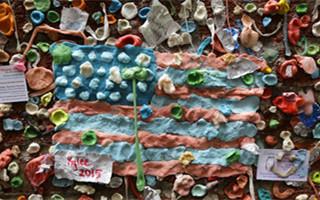 洗刷后的西雅图口香糖墙 等你来一起创作