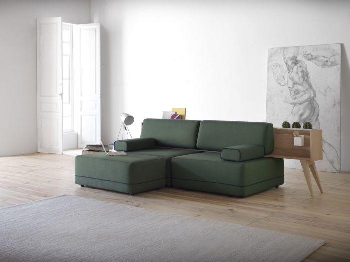 be:一组沙发与木制家具的有趣混搭