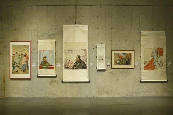 图片七:典型人物肖像画作展区